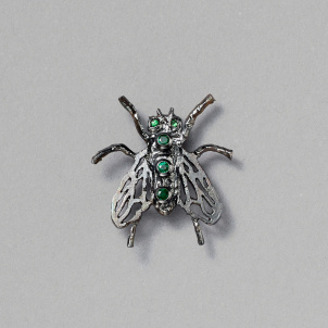 Raul de Nieves Three Stone Fly Pin