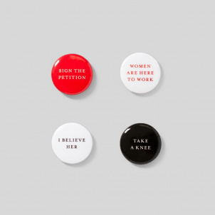 TAKE A STAND button set/ 4